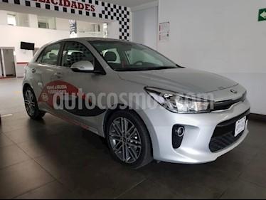 Foto venta Auto Usado Kia Rio Hatchback EX Pack Aut (2018) color Plata precio $280,000