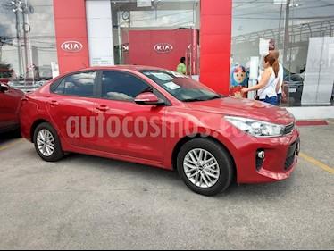 Foto venta Auto Seminuevo Kia Rio Sedan EX Aut (2018) color Rojo precio $253,000