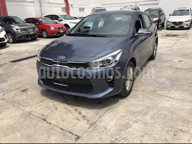 Foto venta Auto Seminuevo Kia Rio Sedan EX Aut (2018) color Azul precio $270,000