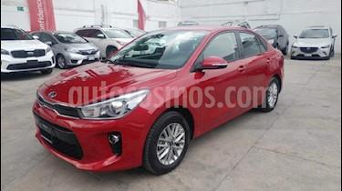 Foto venta Auto Seminuevo Kia Rio Sedan EX Aut (2018) color Rojo precio $275,000