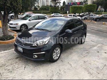 Foto venta Auto Seminuevo Kia Rio Sedan EX (2017) color Azul precio $190,000