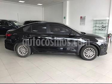 foto Kia Rio Sedan LX Aut