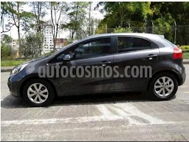 Foto venta Carro Usado KIA Rio 1.4L Spice (2014) color Gris Oscuro precio $32.500.000