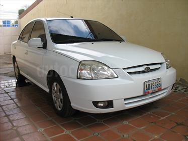 Foto venta carro usado Kia Rio JB 1.6L (2012) color Blanco precio u$s2.800