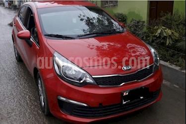 Foto venta Auto Usado KIA Rio Taxi L4,1.5i,12v A 2 1 (2017) color Rojo Italia precio $3,000