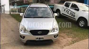 Foto venta Auto Usado KIA Rondo EX CRDi (2009) color Plata precio $170.000