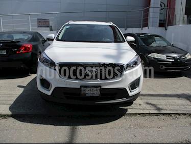 Foto venta Auto Seminuevo Kia Sorento 2.4L LX (2018) color Blanco precio $395,000