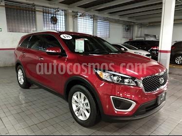 Foto venta Auto Seminuevo Kia Sorento 2.4L LX (2018) color Rojo precio $390,000