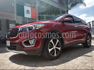 Foto venta Auto Seminuevo Kia Sorento 3.3L EX Pack Nav AWD 7 Pas (2016) color Rojo precio $385,000