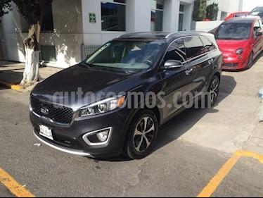 Foto venta Auto Seminuevo Kia Sorento EX PACK (2016) color Gris precio $393,900