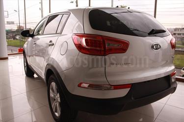 Foto venta carro usado Kia Sportage 2.0L 4x2 (2015) color Blanco precio u$s28.140.000