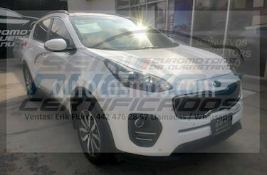 Foto venta Auto Seminuevo Kia Sportage EX Pack 2.0L Aut (2017) color Blanco precio $355,000