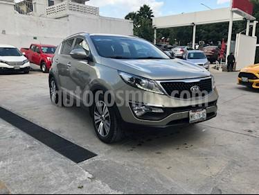 Foto venta Auto Seminuevo Kia Sportage EX Pack 2.0L Aut (2016) color Beige precio $309,000