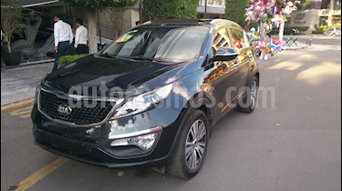 Foto venta Auto Seminuevo Kia Sportage EX Pack 2.0L Aut (2016) color Negro precio $265,000