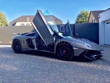 foto Lamborghini Aventador LP 740-4 S