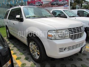 Foto venta Auto usado Lincoln Navigator 5.4L 4x2 Ultimate (2010) color Blanco precio $270,000