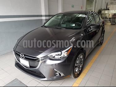 Foto venta Auto Seminuevo Mazda 2 Sedan i Grand Touring Aut (2019) color Gris Titanio precio $279,000