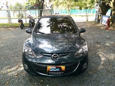Mazda 2 1.5 5P usado (2015) color Gris precio $39.000.000