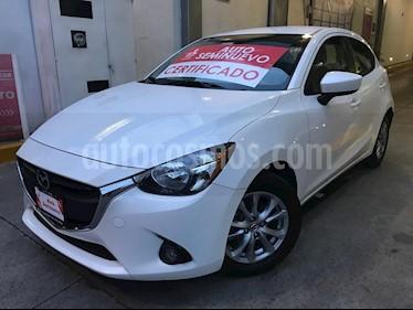 Foto venta Auto Seminuevo Mazda 2 i Touring Aut (2017) color Blanco Perla precio $223,000