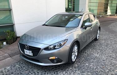 Foto venta Auto Seminuevo Mazda 3 Hatchback s Aut (2015) color Plata Metalico precio $220,000