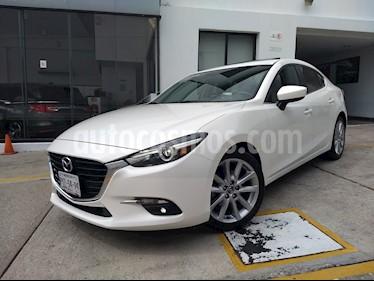 Foto venta Auto Seminuevo Mazda 3 Sedan s Grand Touring Aut (2017) color Blanco Perla precio $270,000