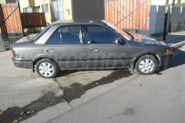 foto Mazda 323 1.6 GLX