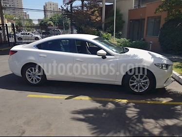 foto Mazda 6  2.0 V  usado (2014) color Blanco precio $10.850.000