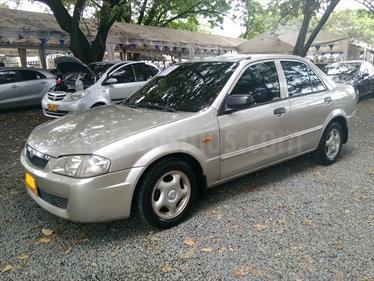 Foto venta Carro usado Mazda Allegro 13 Sinc (2001) color Beige precio $12.700.000