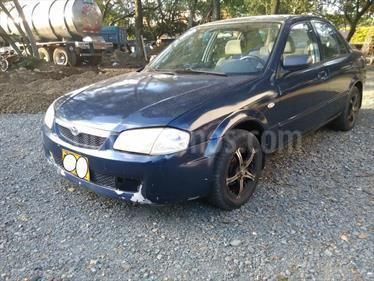 Mazda Allegro 13 Sinc usado (2000) color Azul precio $11.500.000