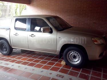 Foto venta carro usado Mazda BT-50 2.2L (2012) color Arena precio u$s5.750