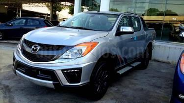 Foto venta carro usado Mazda BT-50 2.6L High 4x4 (2015) color Blanco precio BoF270.000.000