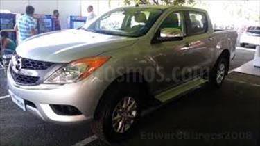 Foto venta carro usado Mazda BT-50 2.6L Low 4x4 (2015) color A eleccion precio BoF30.000.000