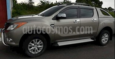 Foto venta carro usado Mazda BT-50 2.6L Low 4x4 (2015) color Gris precio BoF495.000