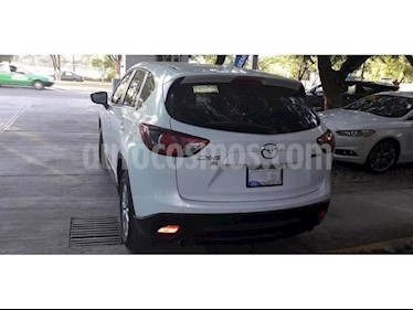 Foto venta Auto Seminuevo Mazda CX-5 2.0L i (2015) color Blanco precio $280,000