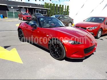 Foto venta Auto Seminuevo Mazda MX-5 i Sport (2017) color Rojo Autentico precio $305,000