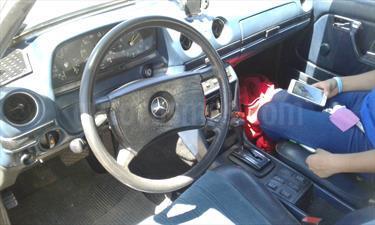 Foto venta Auto usado Mercedes Benz 250 - (1982) color Blanco Crema precio $2.000.000
