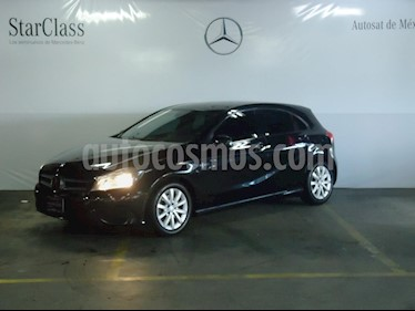 Foto venta Auto Usado Mercedes Benz Clase A 180 CGI Aut (2015) color Negro precio $275,000