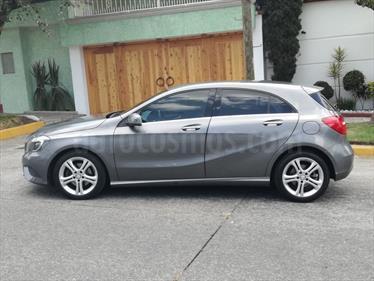 Foto venta Auto usado Mercedes Benz Clase A 200 CGI Aut (2015) color Gris Monolito precio $318,000