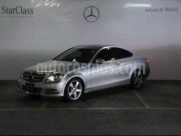 Foto venta Auto Usado Mercedes Benz Clase C 180 CGI Coupe Aut  (2015) color Plata precio $365,000