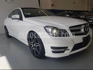 Foto venta Auto Seminuevo Mercedes Benz Clase C 180 CGI Coupe Aut  (2015) color Blanco precio $315,000