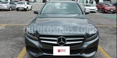 Foto venta Auto Seminuevo Mercedes Benz Clase C 180 CGI (2017) color Gris precio $445,000