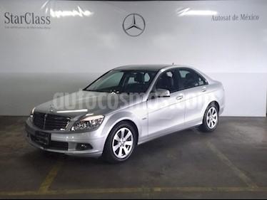 Foto venta Auto Seminuevo Mercedes Benz Clase C 180 CGI (2011) color Plata precio $189,000
