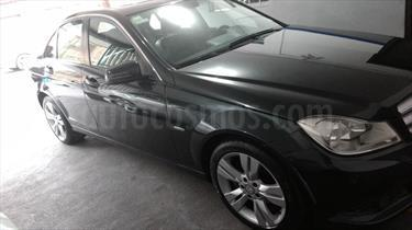 Foto venta Auto Seminuevo Mercedes Benz Clase C 200 CGI Exclusive Aut (2012) color Negro precio $275,000