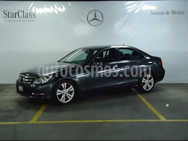 Foto venta Auto Seminuevo Mercedes Benz Clase C 200 CGI Exclusive Aut (2013) color Gris precio $239,000