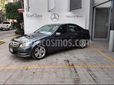 Foto venta Auto usado Mercedes Benz Clase C 200 CGI Exclusive Aut (2013) color Gris precio $270,000
