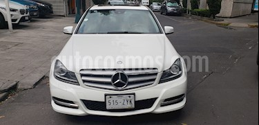 Foto venta Auto Seminuevo Mercedes Benz Clase C 200 CGI Exclusive Plus Aut (2014) color Blanco
