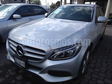 Foto venta Auto Seminuevo Mercedes Benz Clase C 200 CGI Exclusive (2017) color Plata Iridio precio $410,000