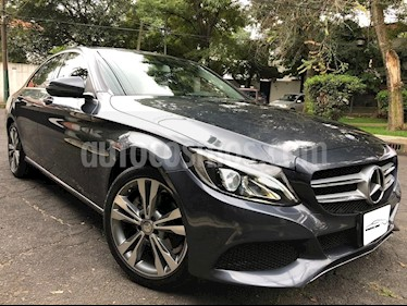 Foto venta Auto Seminuevo Mercedes Benz Clase C 200 CGI Sport Aut (2016) color Gris precio $398,000
