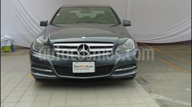 Foto venta Auto Seminuevo Mercedes Benz Clase C 200 CGI Sport Aut (2013) color Gris precio $280,000