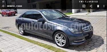 Foto venta Auto Seminuevo Mercedes Benz Clase C 200 CGI Sport Plus Aut (2013) color Gris precio $280,000